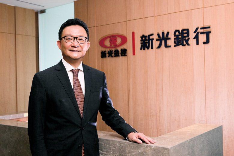 新光銀行總經理謝長融說:「在數位時代,要提供貼心服務就要做到精準投放」。 (攝影...