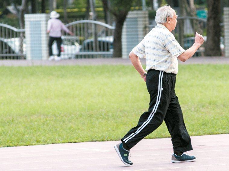 台灣長照 有跟上全球腳步嗎? 圖/本報資料照片