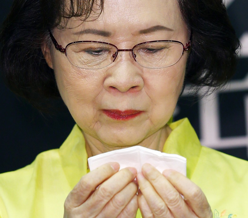 瓊瑤談到平鑫濤,數度落淚。記者杜建重/攝影