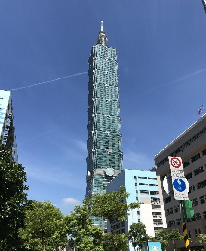 台北101大樓是台灣玻璃帷幕指標建築。 本報資料照片