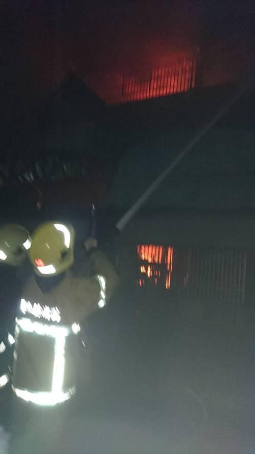 雲林縣西螺發生暗夜惡火奪人命悲劇。圖/雲林縣消防局提供