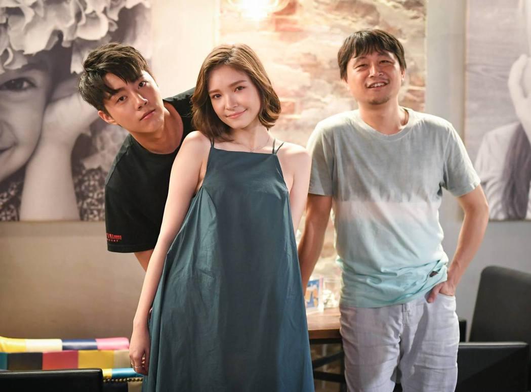 蔡凡熙(左起)、韓笙笙及導演連奕琦出席「痴情男子漢」映後媒體聯訪。圖/牽猴子提供