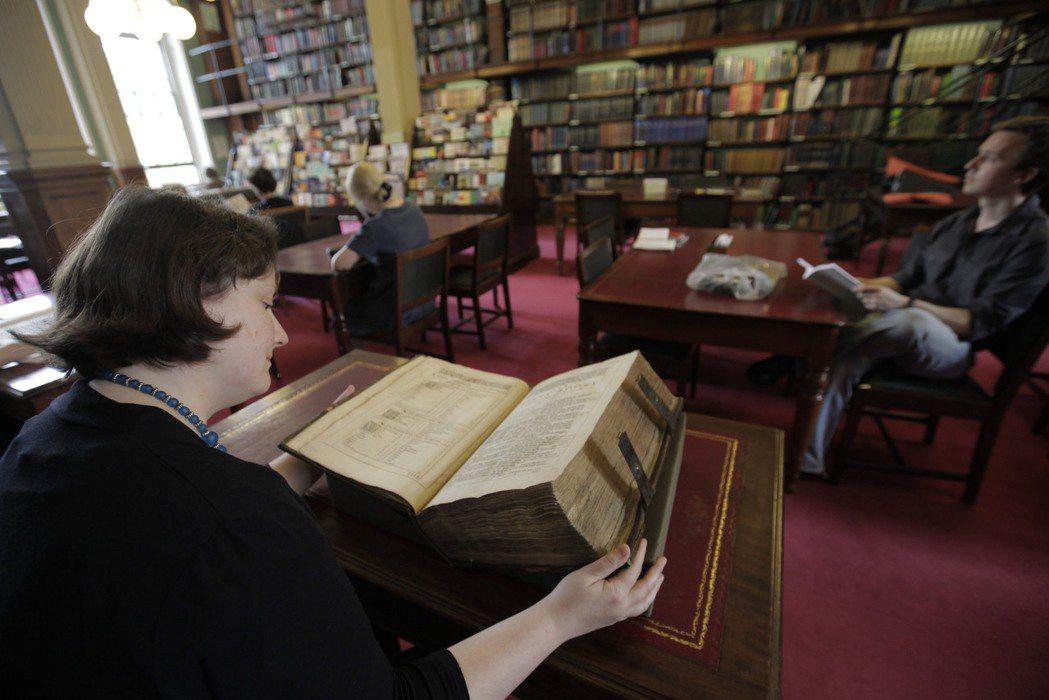 那些獨立研究者通常感興趣的都是家族史,另有專門的課程在教人如何撰寫家族史。 ...
