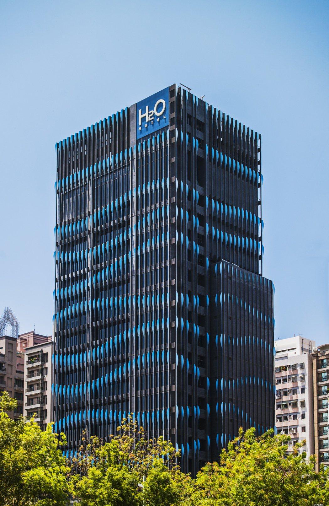 H2O水波外觀建築,及LED牆都是台灣唯一。 圖片提供/H2O水京棧國際酒店