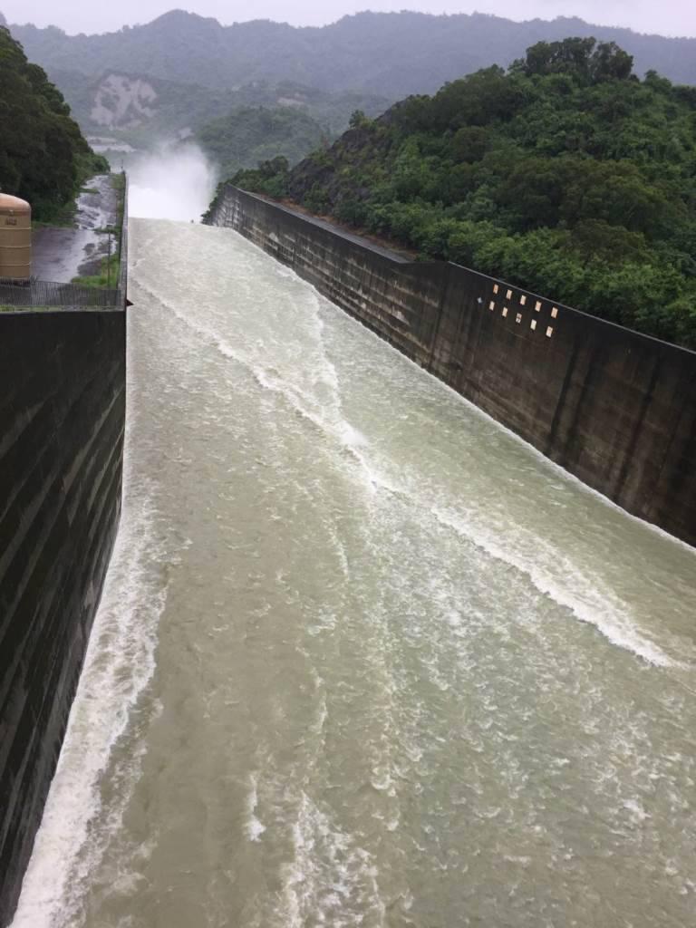 台南南化水庫在這次大雨中,原水濁度還在控制範圍內,未影響供水。圖/自來水第6處提...