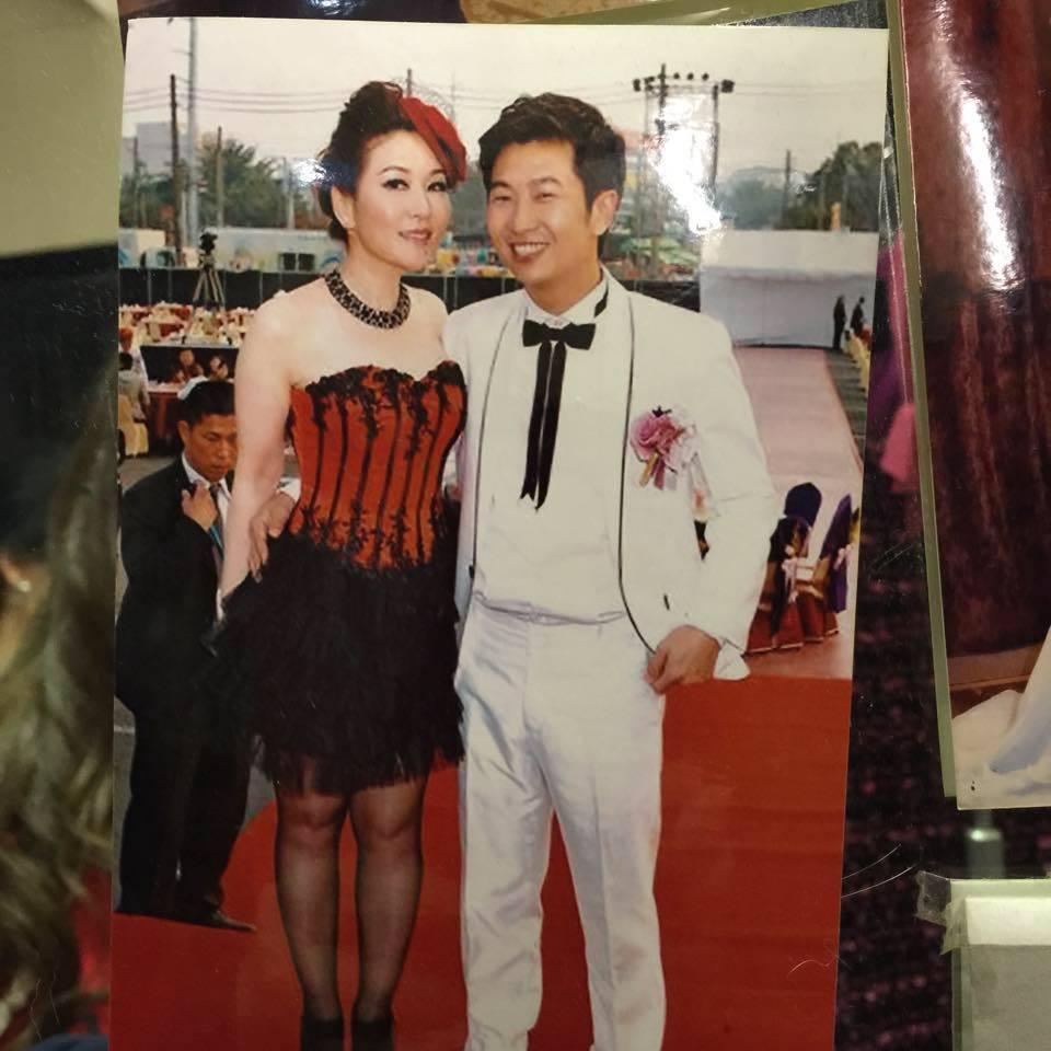 張秀卿(左)結婚時僅有53公斤。圖/摘自張秀卿臉書