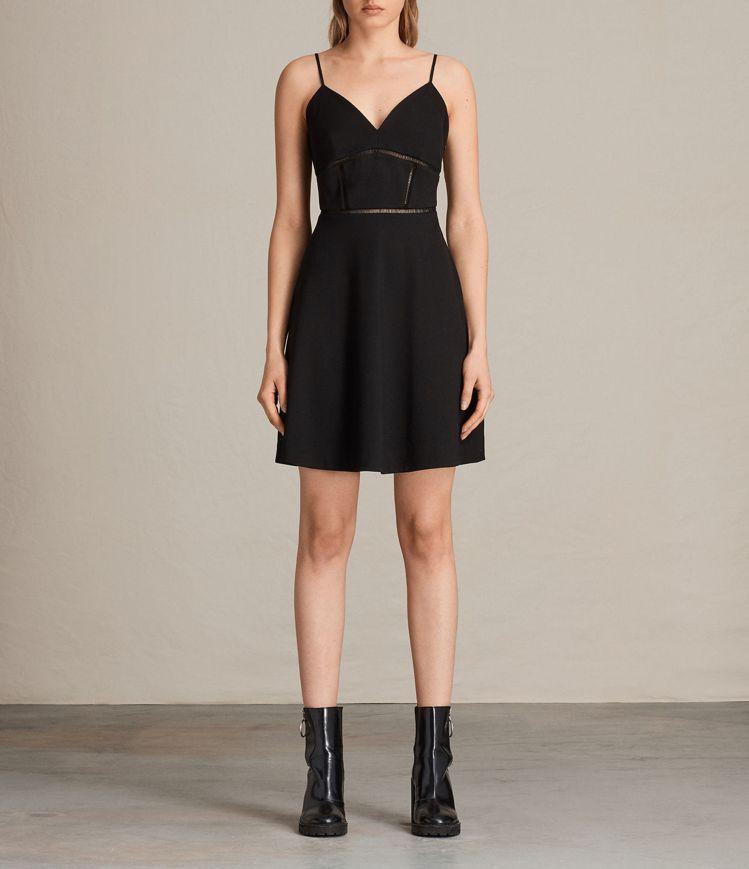 AllSaints的Clementine黑色深V鏤空洋裝,價格約4,400元。圖...