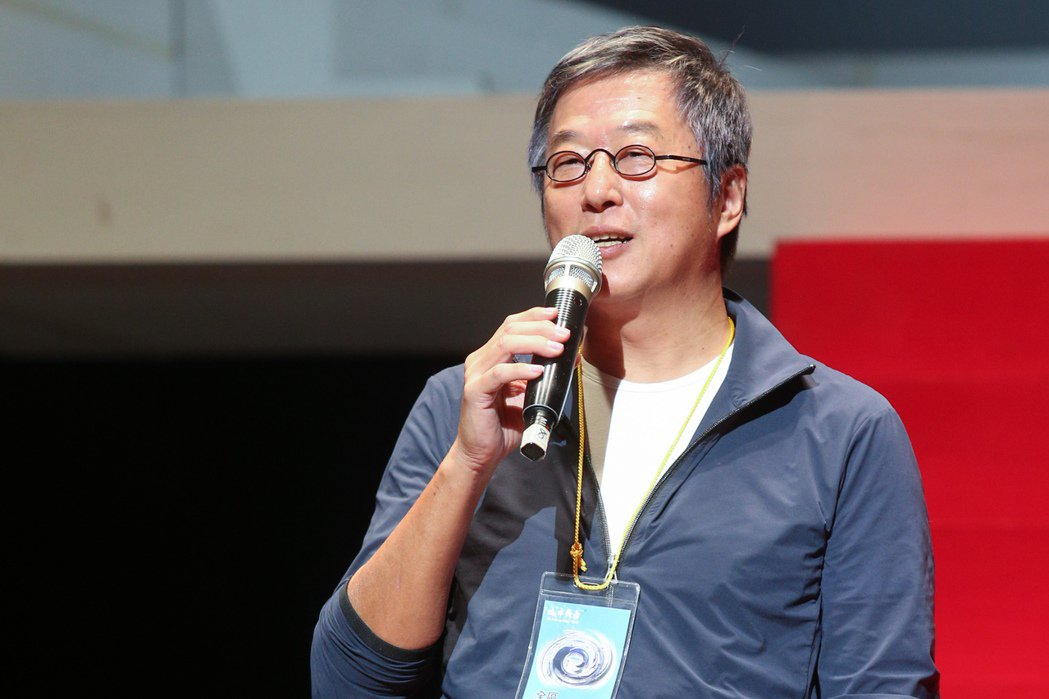 資深製作人王偉忠近日做心導管手術,他3日出席舞台劇《室友ROOMMATE》記者會...