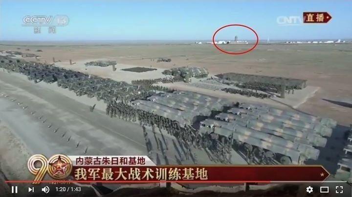 朱日和大閱兵畫面中出現了類似總統府的建築,很多人認為中共把蔡政府當作了「假想敵」...