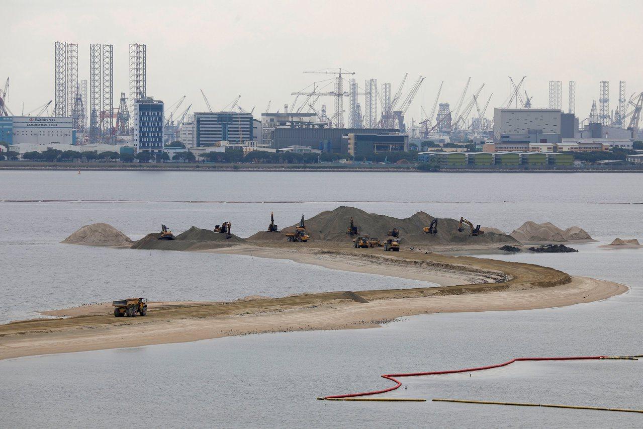 马来西亚针对星国政府在大士(Tuas)的填海造陆,一状告上国际法庭,控告新加坡侵...