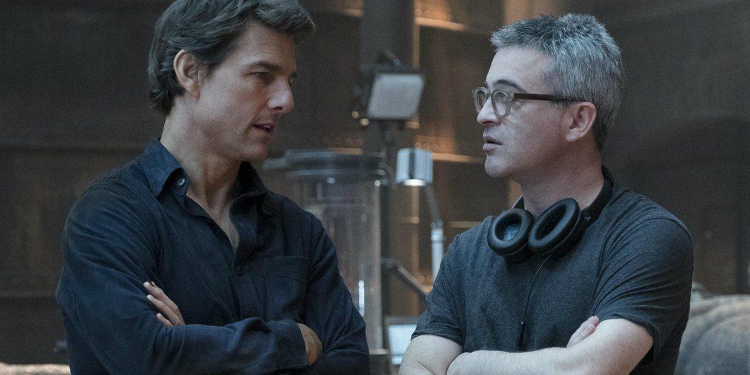 艾力克斯庫茲曼(右)與湯姆克魯斯(左)合作的「神鬼傳奇」評價兩極,票房算是還可以...