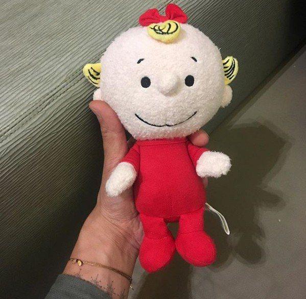 陳冠希貼出布娃娃照片,疑似女兒玩具。圖取自IG