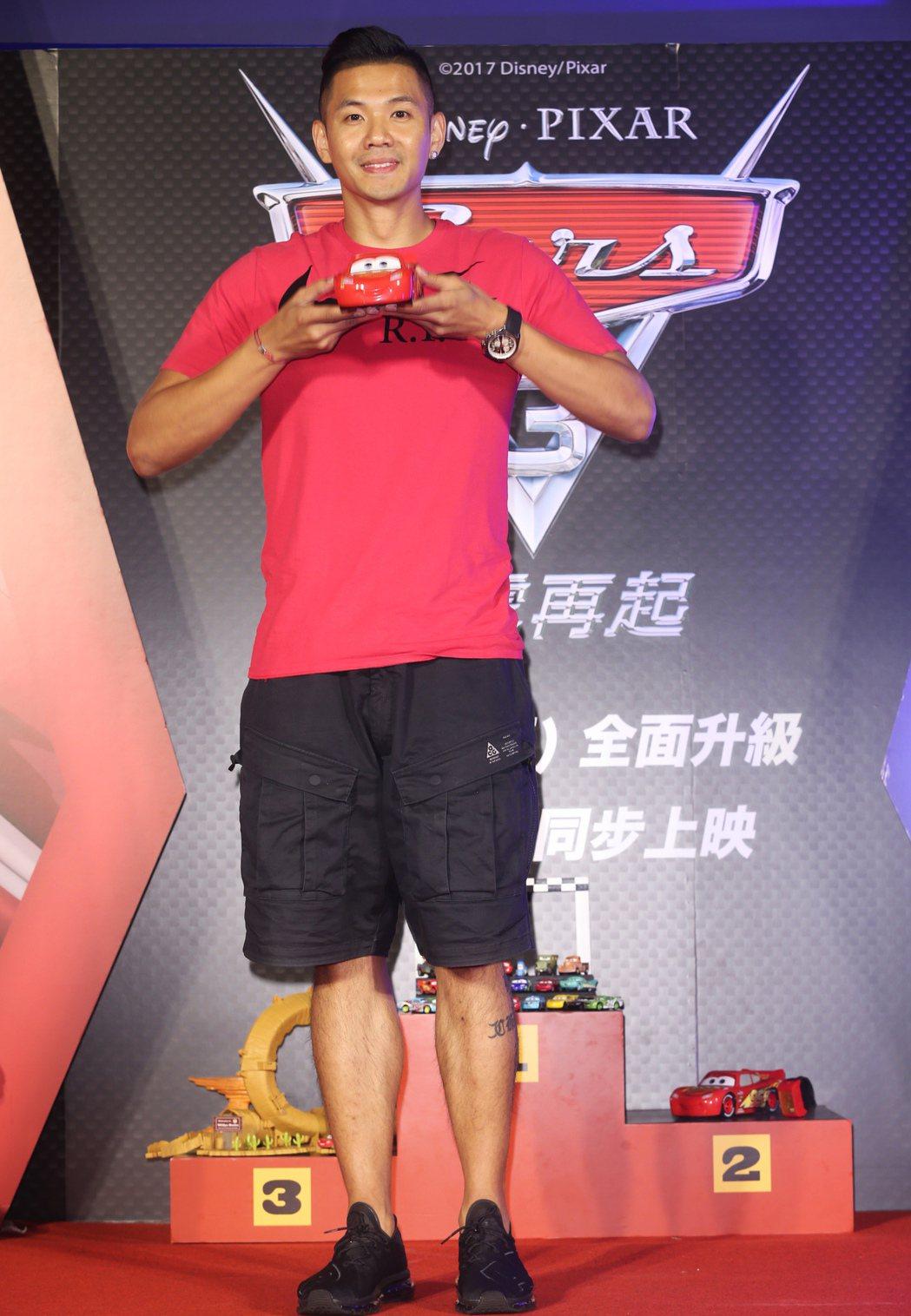 黑人陳建州晚上出席電影「Cars 3閃電再起」中文版首映會。記者徐兆玄/攝影