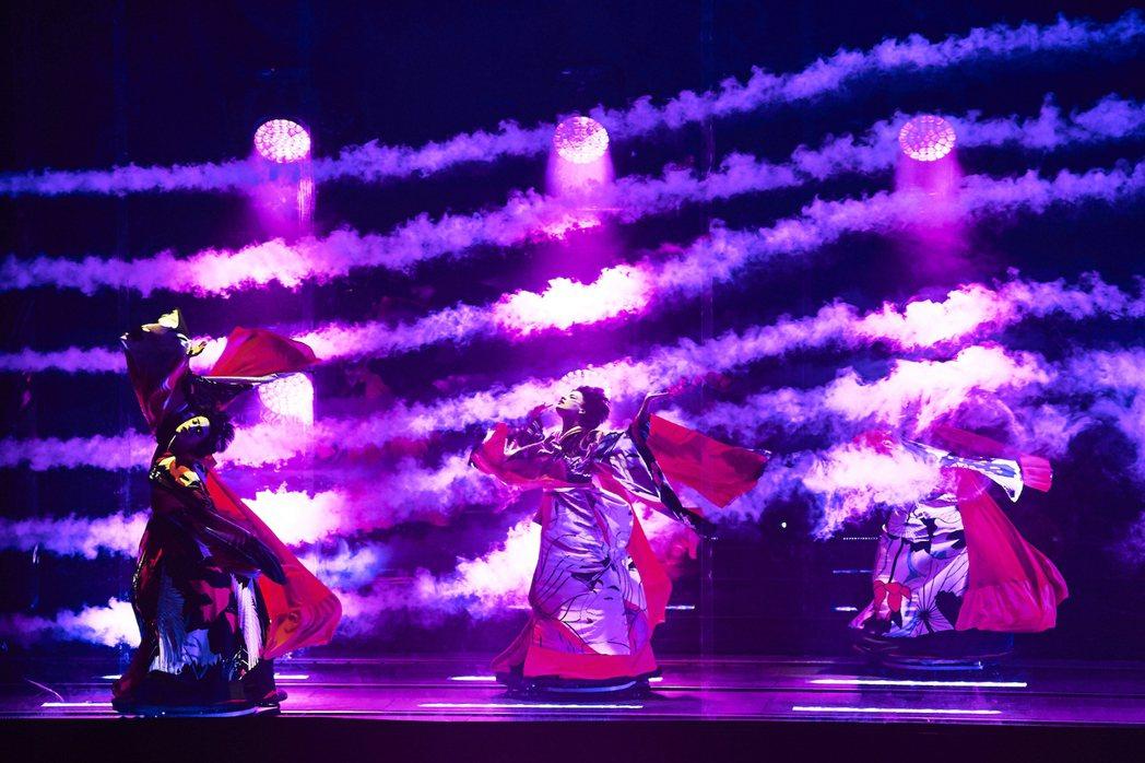 林宥嘉對波浪型的煙霧印象深刻。圖/雅慕斯娛樂提供
