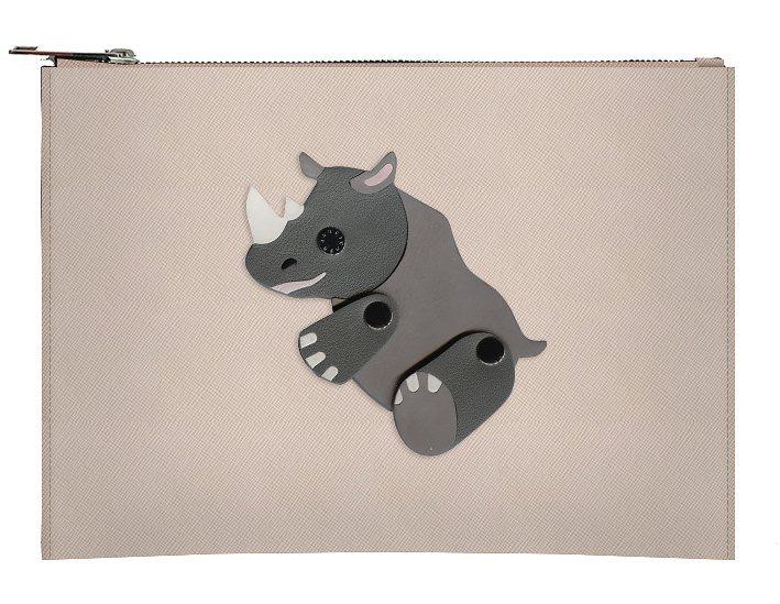 黑犀牛皮革包,售價5,980元。圖/JAMEI CHEN提供