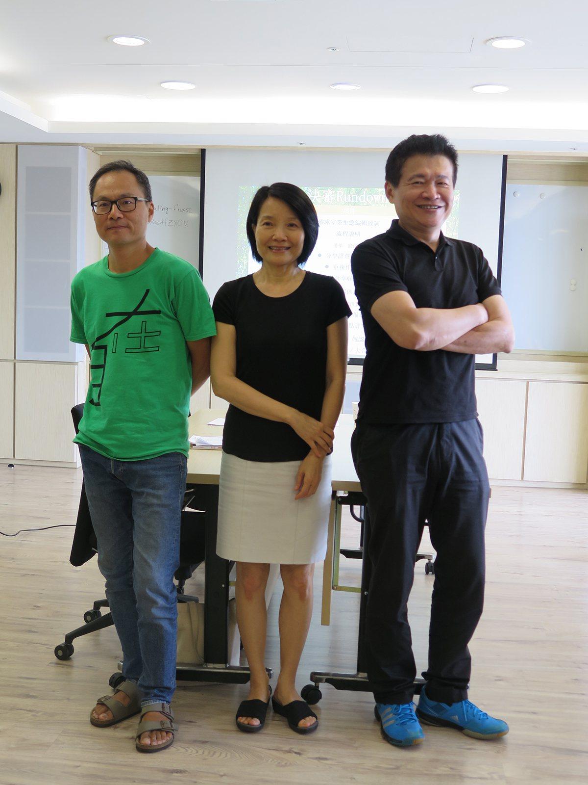 決審詩人鴻鴻、陳育虹、羅智成(由左至右) 攝影/溫振傑