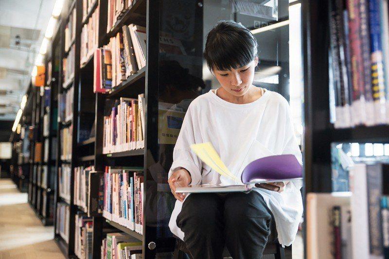 「不只是圖書館」館長劉芳。