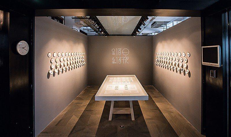 圖書館入口處的空間「不只是3X3」,以實驗性且有趣的展出方式來分享設計師、藝術家...
