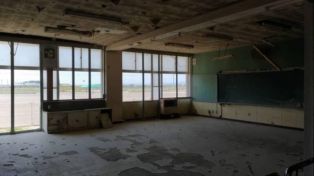 日本仙台市荒浜小學校保留遭海嘯侵襲時的原貌。 記者楊德宜/攝影