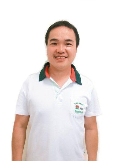 蘇慧龍(信義房屋大興西路店)年齡:40歲入行年資:14年