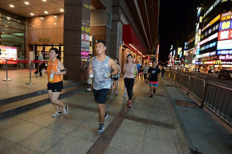 台北「街頭路跑」。 圖/街頭路跑提供