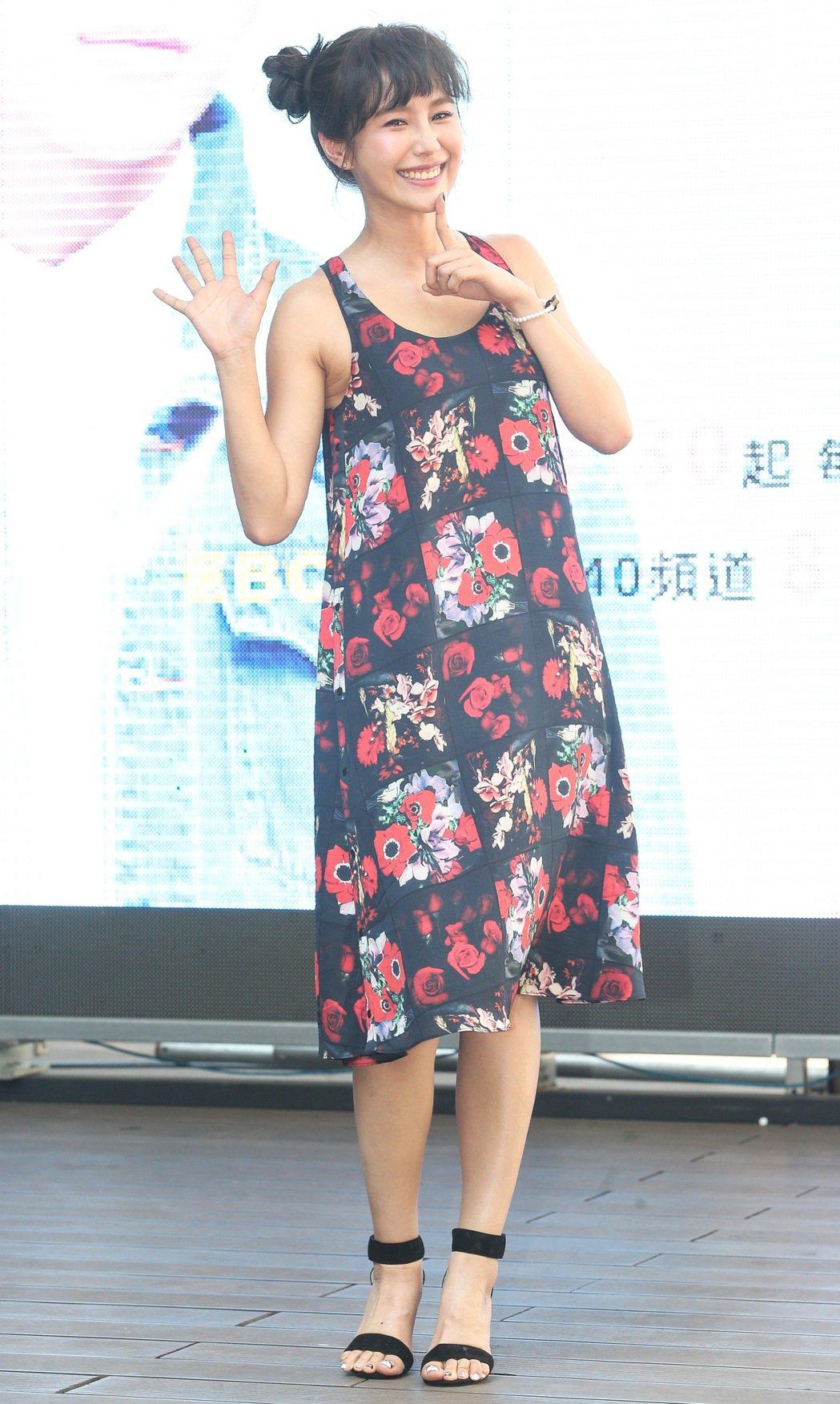 黃心娣出席偶像劇「稍息立正我愛你」握手會。記者黃威彬/攝影