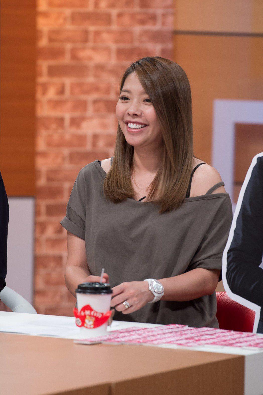 MEI錄TVBS「小燕有約」。圖/TVBS提供