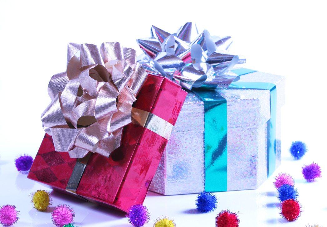 圖/ingimage授權提供 父親節即將到來,準備好父親節禮物了嗎?