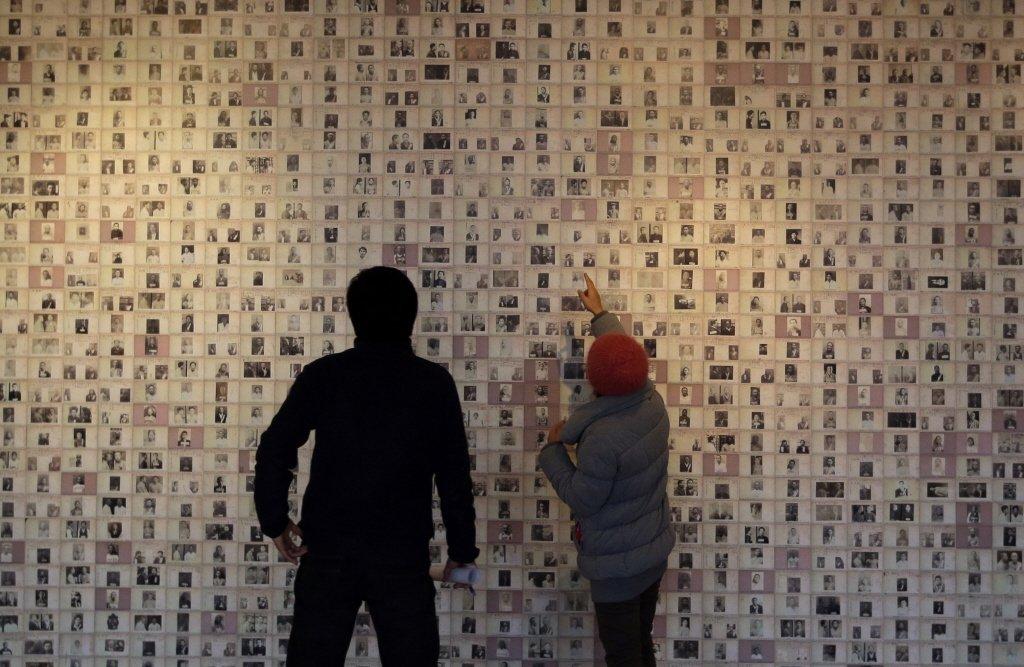 目前監獄博物館內展示之論述,強調當時日人拘捕了許多參與國家獨立運動者,將他們監禁...