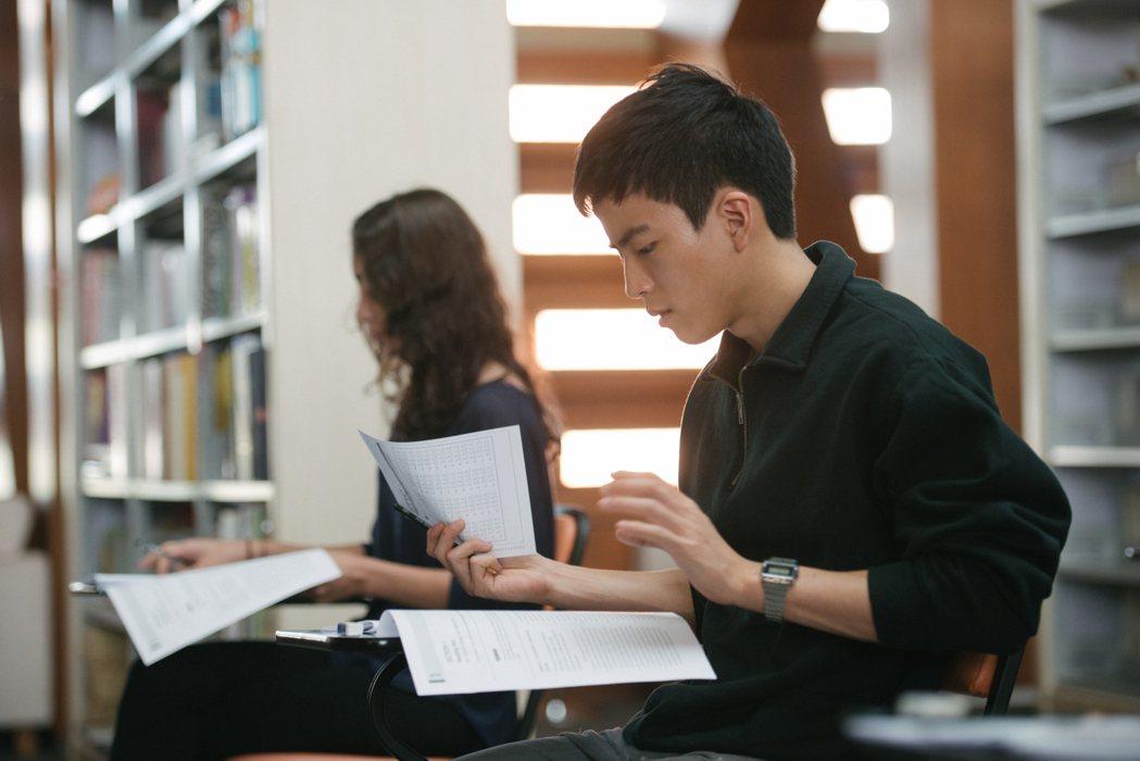 泰國神片「模犯生」上映進入第三週,以全台近6500萬票房穩坐票房冠軍。圖/CAT