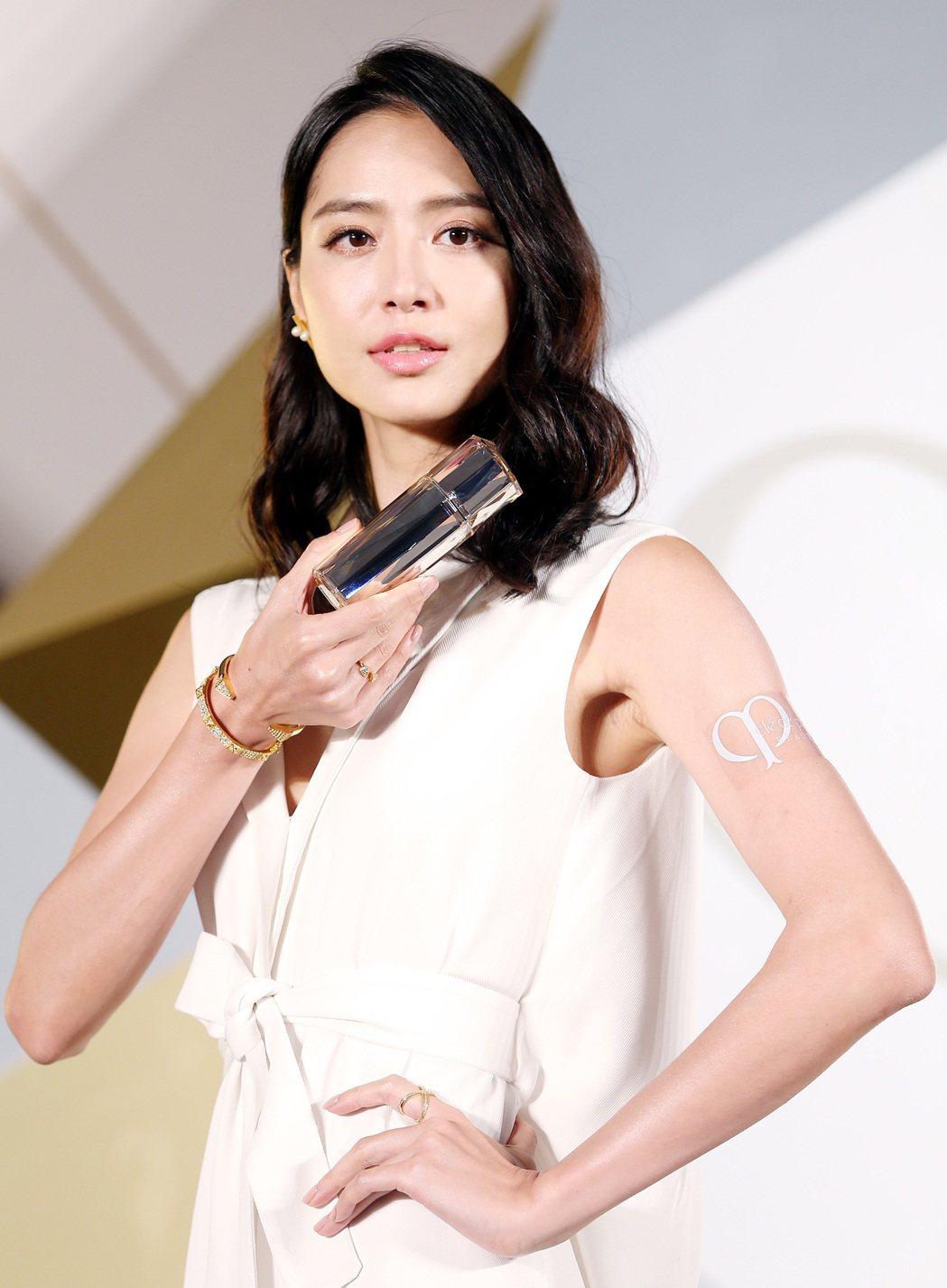 新手媽咪白歆惠仍擁有美麗體態與膚質。記者侯永全/攝影