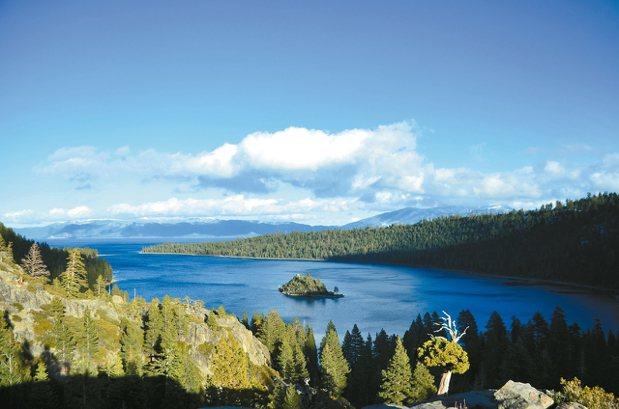 太浩湖是北美最大的高山湖泊,風景秀麗宜人。 圖/聯合報有行旅提供