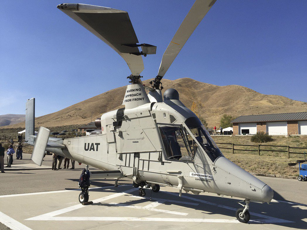 美國洛克希德馬丁公司的無人駕駛遙控直升機K-MAX。 美聯社