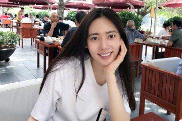近年來將演藝事業重心轉往中國大陸的南韓女星秋瓷炫,正積極考慮演出JTBC電視台新週末劇「Misty」(暫定名),如果確定演出,這將是她時隔7年演出南韓電視劇。南韓「亞洲經濟」報導,「Misty」劇組...