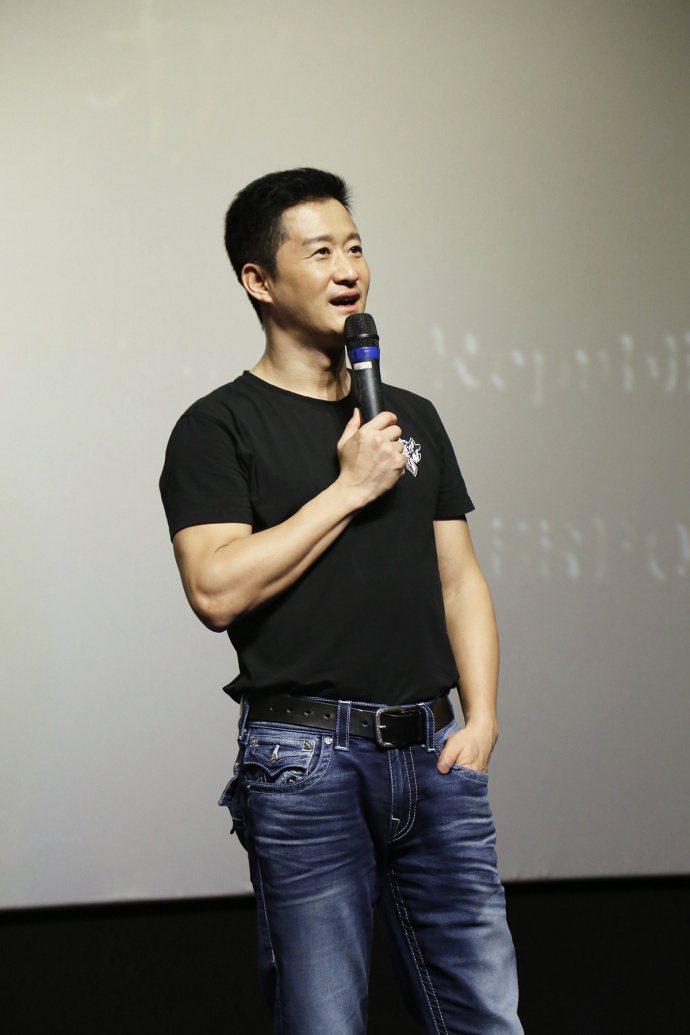 吳京自導自演「戰狼2」造成轟動。圖/擷自微博