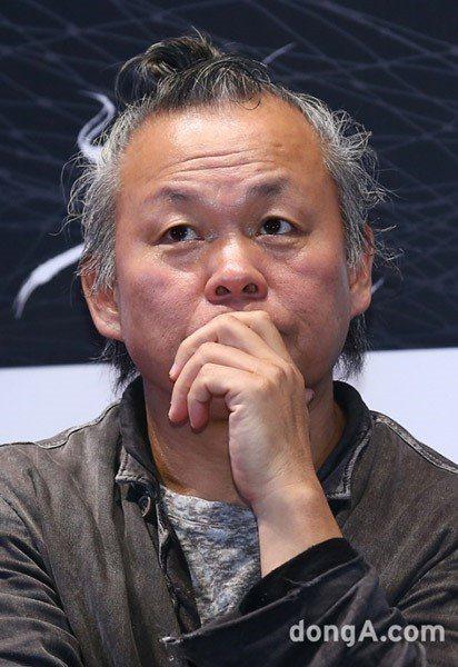 南韓導演金基德被控拍電影「莫比烏斯」時掌摑女演員。圖/摘自dong.A