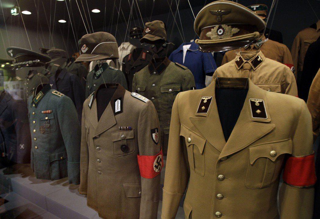 納粹軍裝。 美聯社