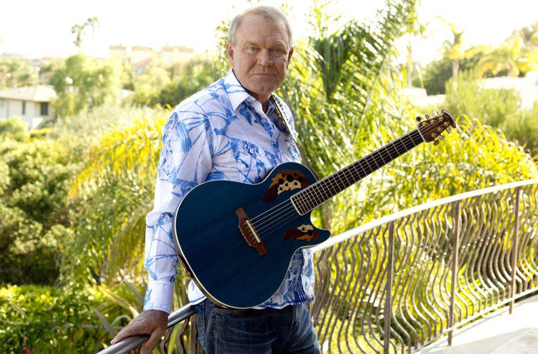 美國傳奇鄉村樂歌手葛倫坎伯(Glen Campbell)辭世。 圖/美聯社