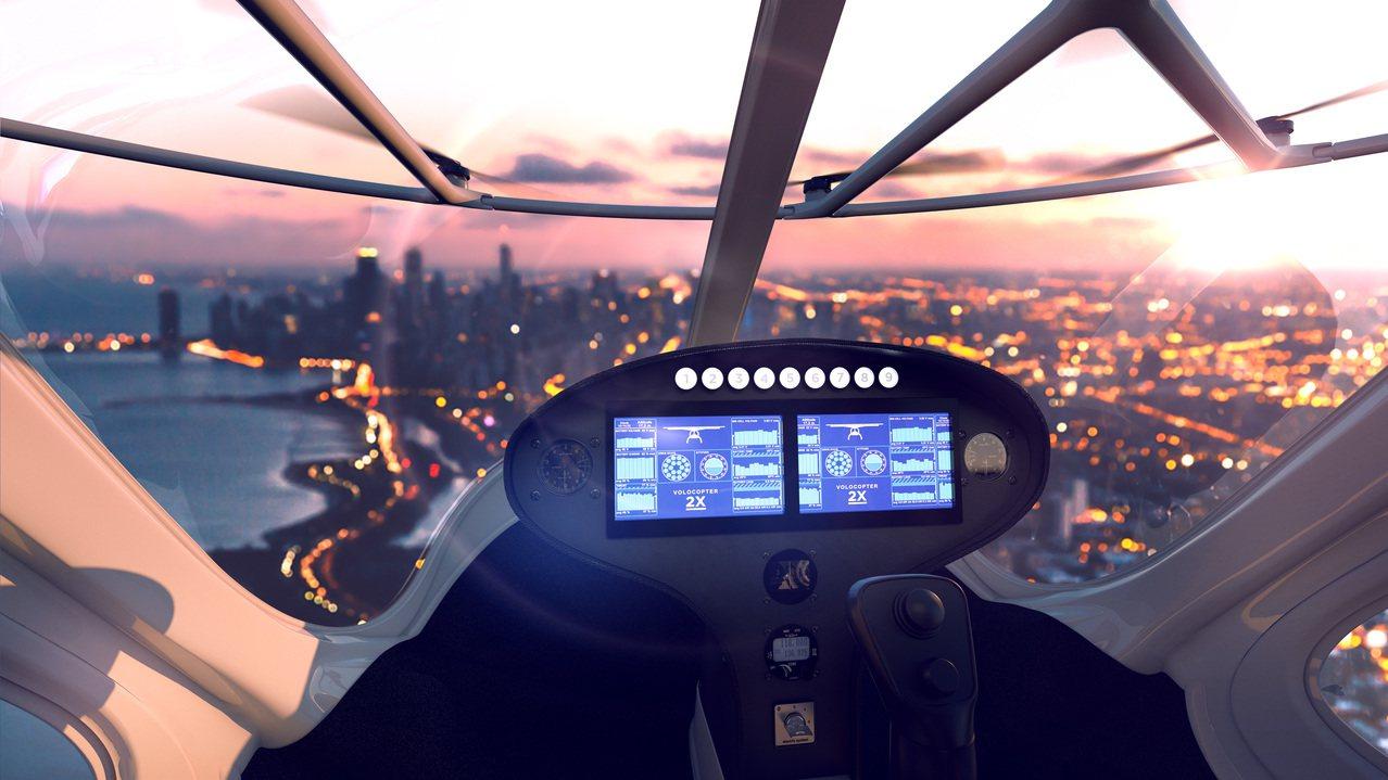 該款「計程機」採無人駕駛設計,乘客只要在智慧面板上輸入欲抵達的目的地,飛天計程車...