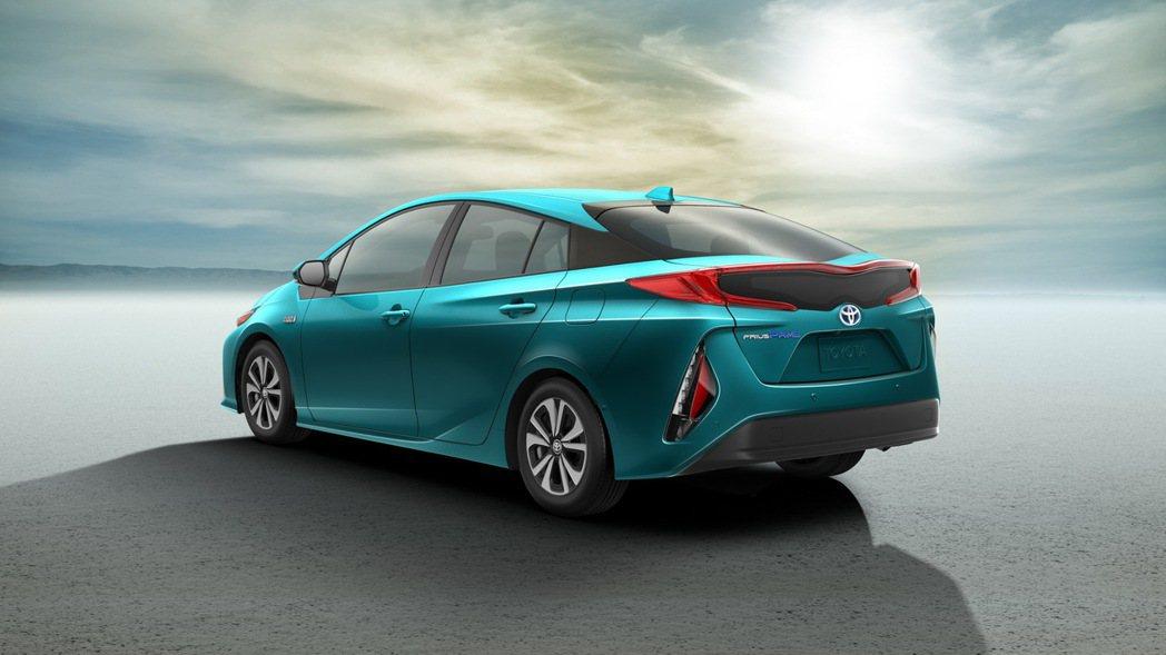 圖為Toyota Prius Prime (Prius PHV)。 摘自Toyota