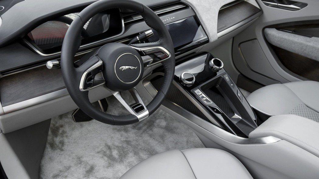 Jaguar I-Pace Concept 內裝佈局。 摘自Jaguar