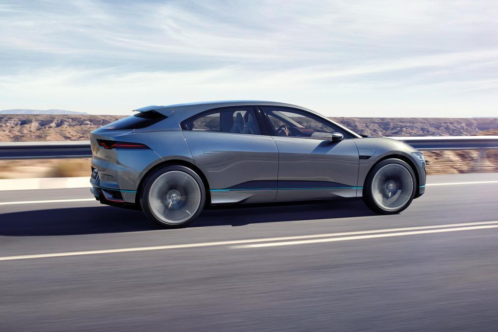 Jaguar I-Pace 將會延用許多概念版本的技術規格。圖為Jaguar I-Pace Concept。 摘自Jaguar