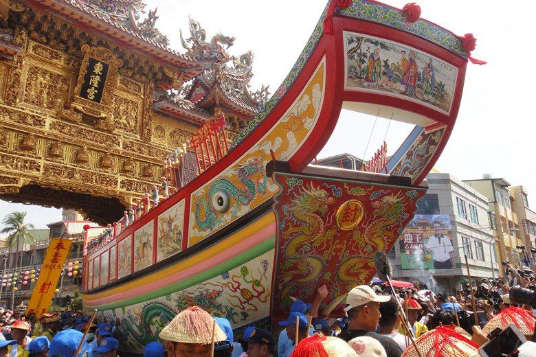 東港迎王祭典繁複,為臺灣重要民俗文化資產。 圖/聯合報系資料照片
