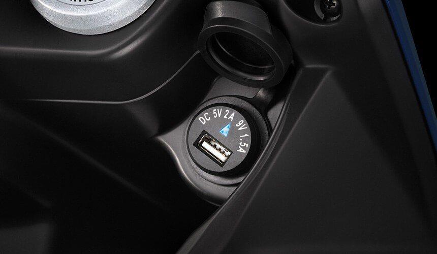 QC 2.0 2A USB快充充電座。圖/SYM提供