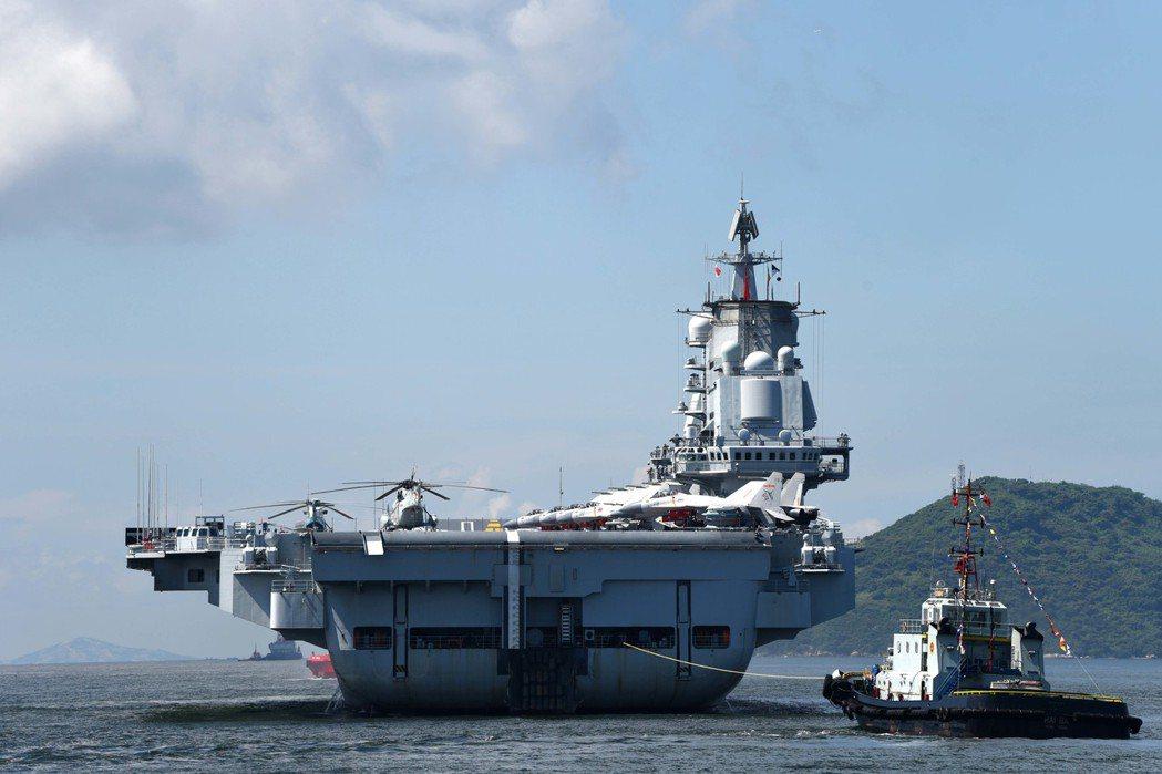 大陸航艦幾乎是每月大陸國防部記者會必問必答的題目。圖為遼寧艦。 (新華社)