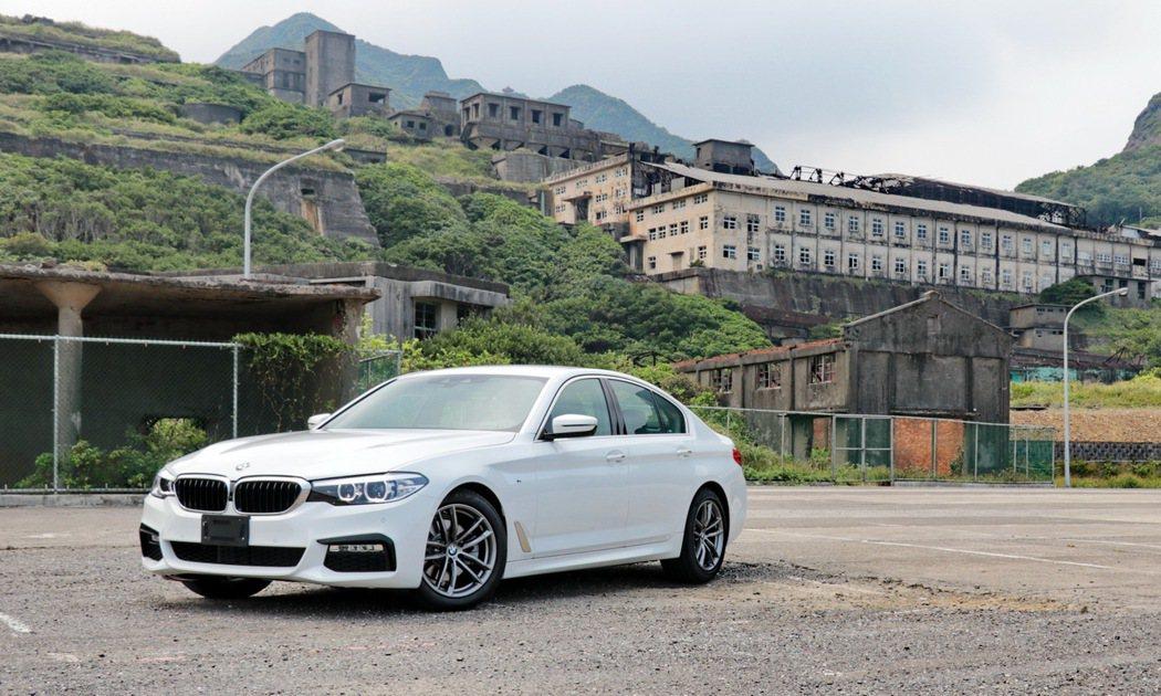 BMW 520i M Sport。 記者陳威任/攝影