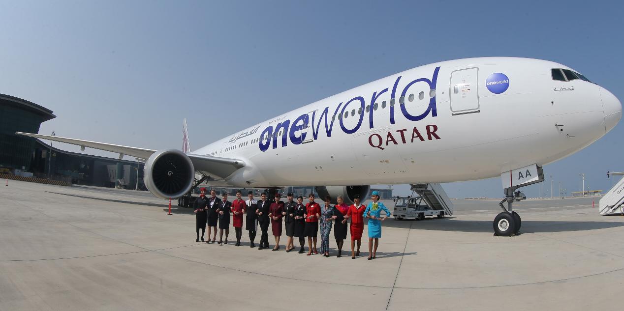 卡達航空的一架飛機停在多哈哈瑪德國際機場。法新社