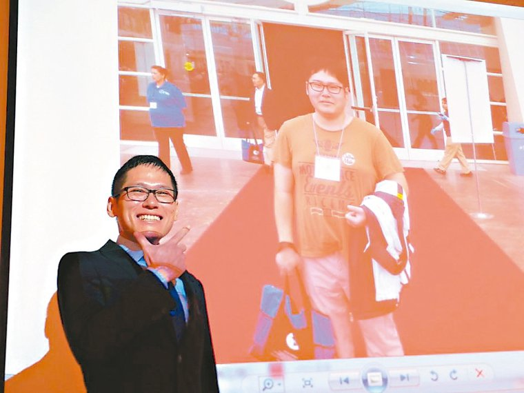 呂姓男子綽號「小叮噹」體重曾破百(圖右),術後變身型男。 記者趙容萱/攝影