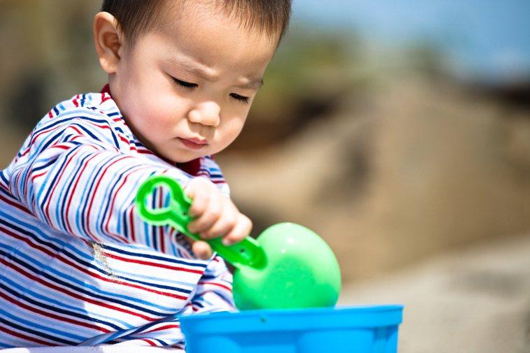 示意圖。澳洲科學家9日表示,服用一般維生素可大幅減少全球流產和胎兒缺陷的數目,並...
