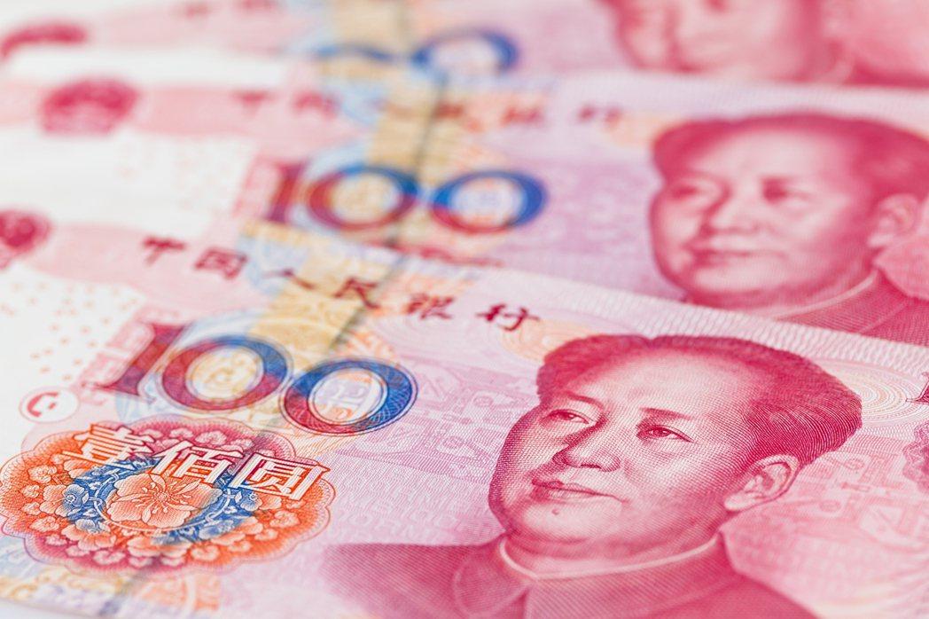 無畏地緣衝突,人民幣兌美元中間匯率今早連續第五個營業日升值,上漲41個基本點,來...